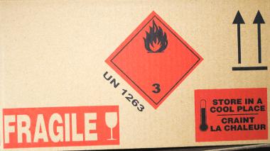 Impression carton rouge noire - Informations génériques - Transport, manutention, sécurité...